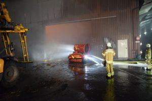 Brennende Lagerhalle Wiehagen